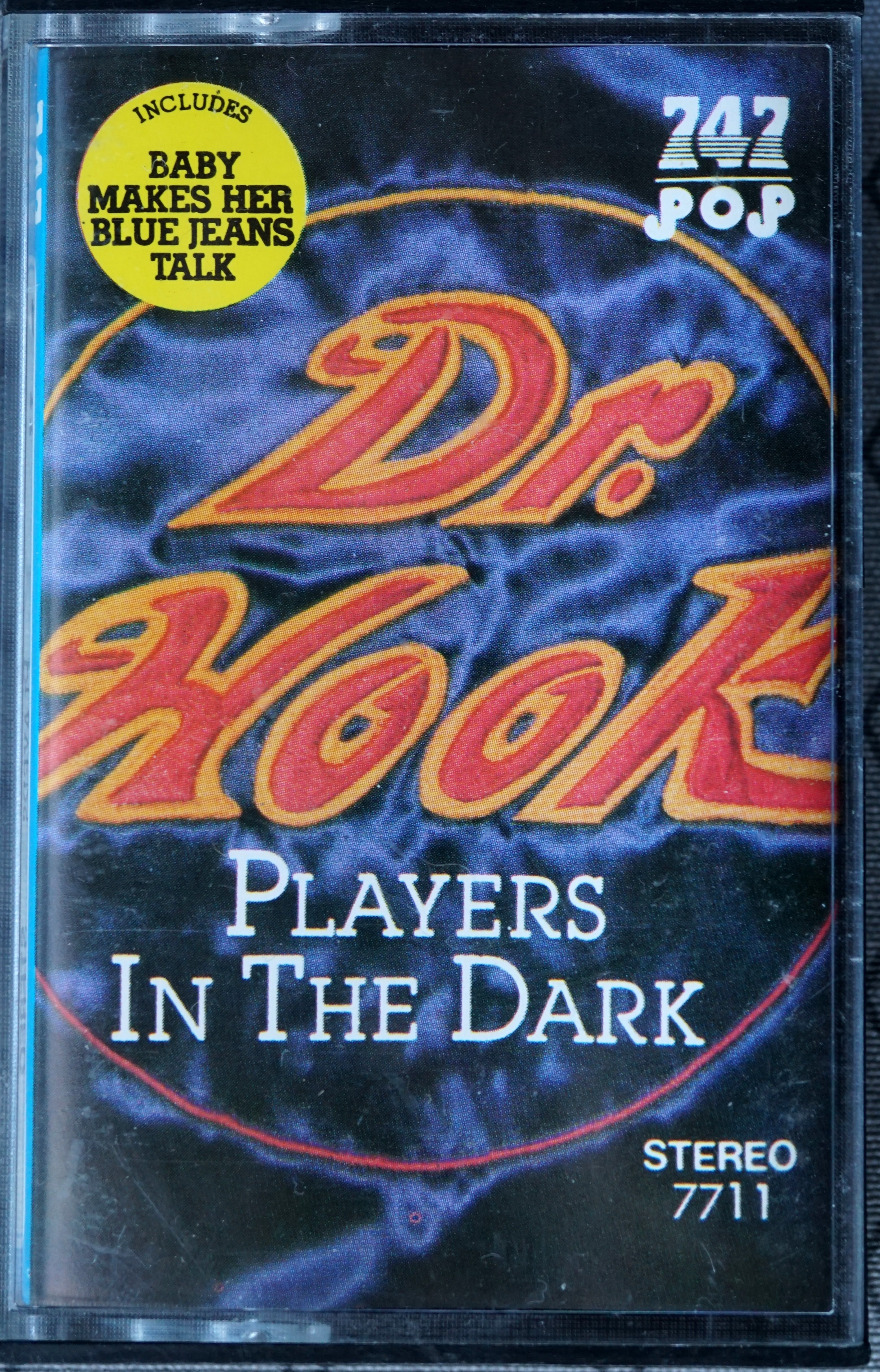 P - 747 POP 7711 - Players in the Dark